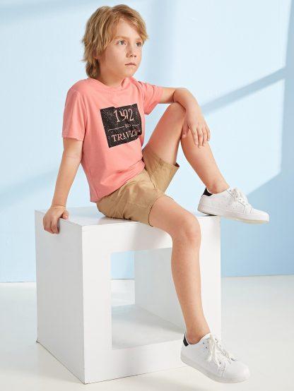 Boys Slogan Print Tee and Slant Pocket Shorts Set